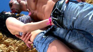 sexe sur une plage espagnole pour notre française