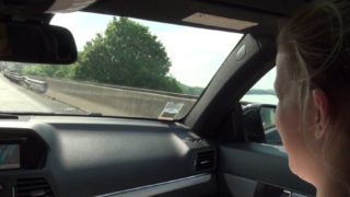 se faire sauter sur une aire d'autoroute