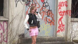 jeune amatrice d e18 ans se teste dans un film de cul