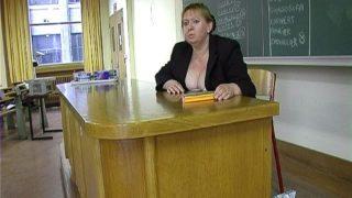 video de sexe d'une prof cochonne dans une fac à paris