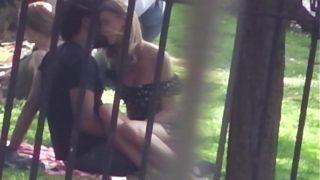 doigter sa copine dans un parc public de londre