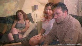 regarder un film porno et faire pareil à la maison